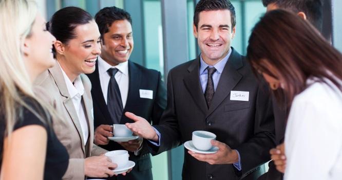 Vous avez vu comme ils ont l'air heureux ces gens à leur pause café ?